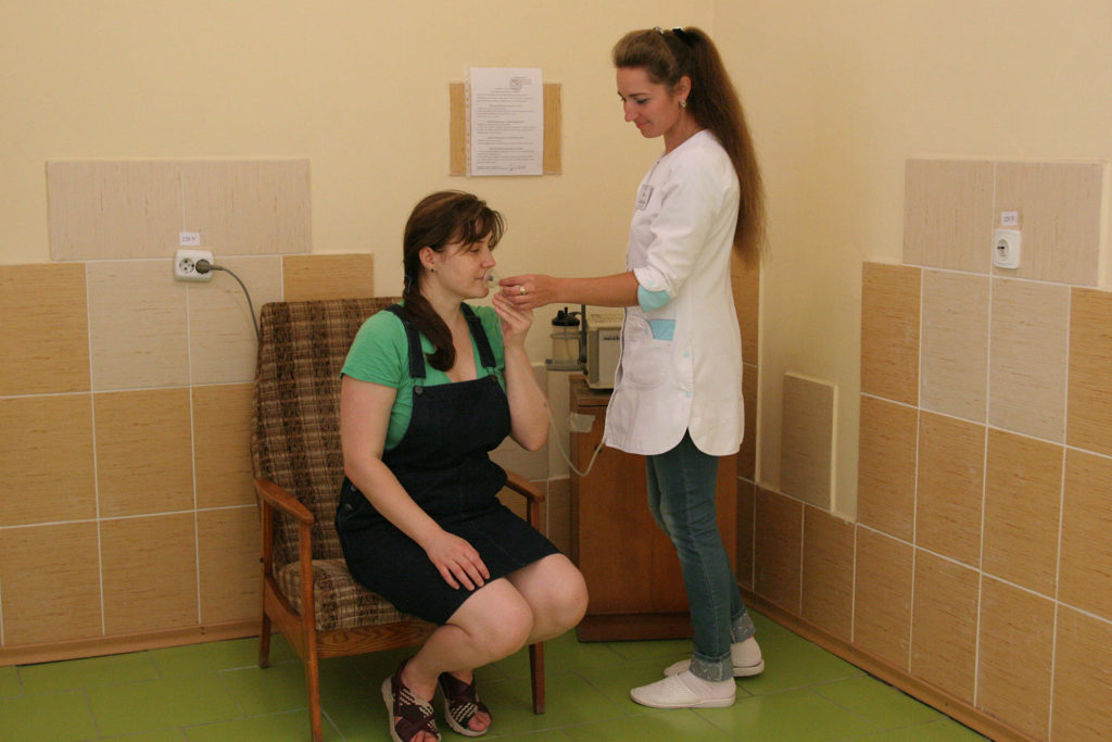 Singlet oxygen therapy