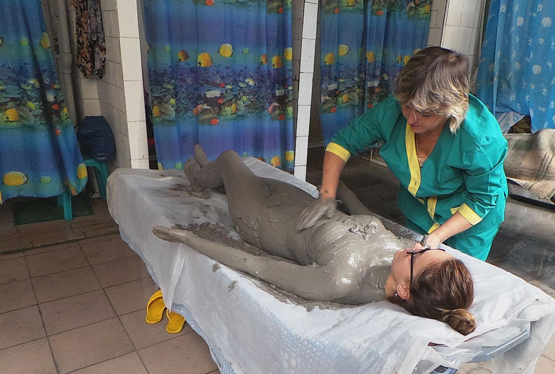 Болюсотерпия (лечение голубой глиной)
